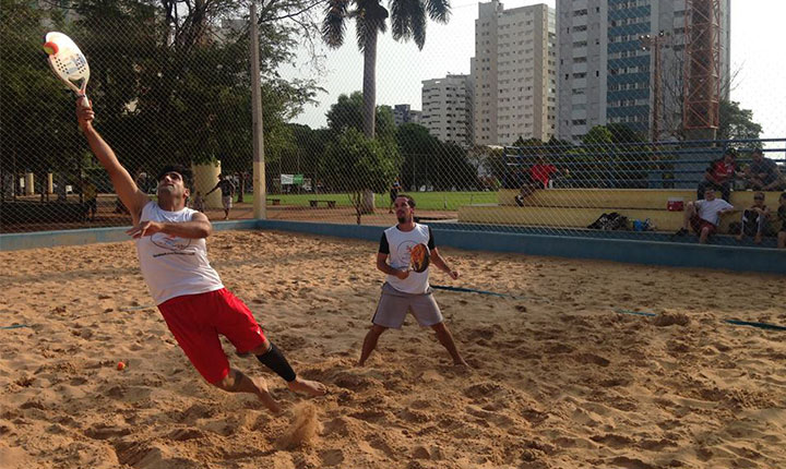 Game pantaneiro de beach tennis promete movimentar as areias do Belmar Fidalgo