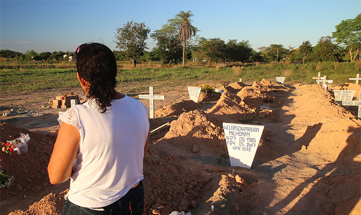 Vítimas do massacre de Pau D'arco, no Pará.  Foto: Mario Campagnani (Justiça Global)